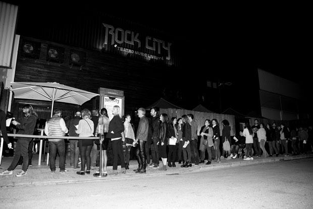 Valencia-puerta-sala-Rock-City